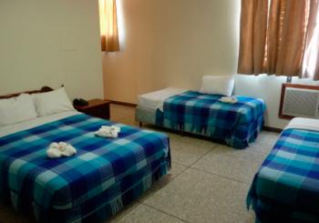 Hotel irpinia hotel en carora hoteles en carora for Habitacion cuadruple